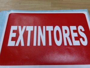 CARTEL PEGATINA EXTINTORES 22X15CM