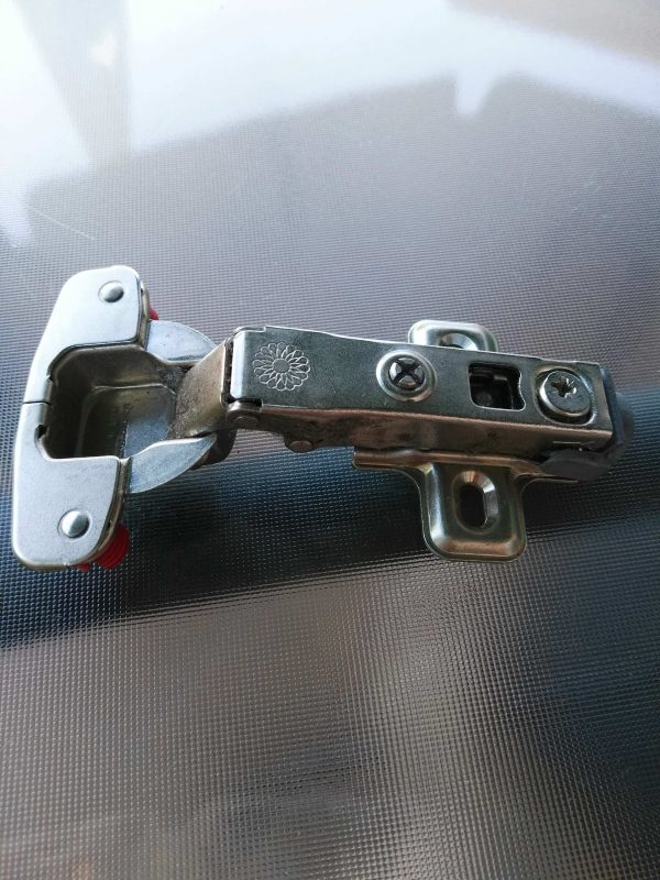 bisagra cazoleta 35mm recta con sin tornillo
