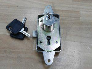 cerradura falleba metalica con serreta